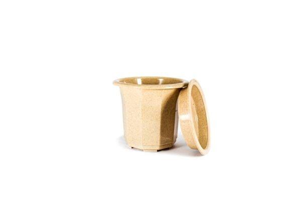 """Пластиковий горщик для квітів """"Тюльпан"""" 0,5л (малий високий) бежевий мармур 4"""